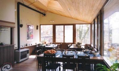 週末はレストランになる山奥の家