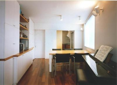 共同住宅形式とした2世帯住宅 (写真ではわかりにくいですが、部屋は台形です。)