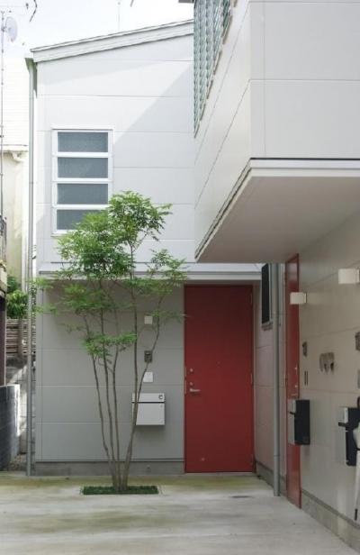 荻窪にちょっと変わった集合住宅を木造でつくりました。 (荻窪テラスハウス・アールグレイ)