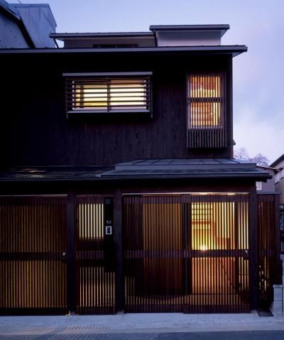 南城戸町の家 (外観(夜景))