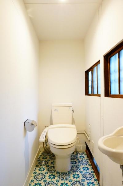 麻布の長屋リノベーション (トイレ)