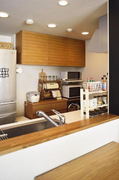 キッチン収納 (ちょこっとリノベで理想のデザインと素材感を実現)