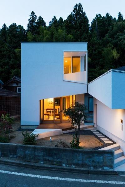 刈羽村の家 (夜景をみる)