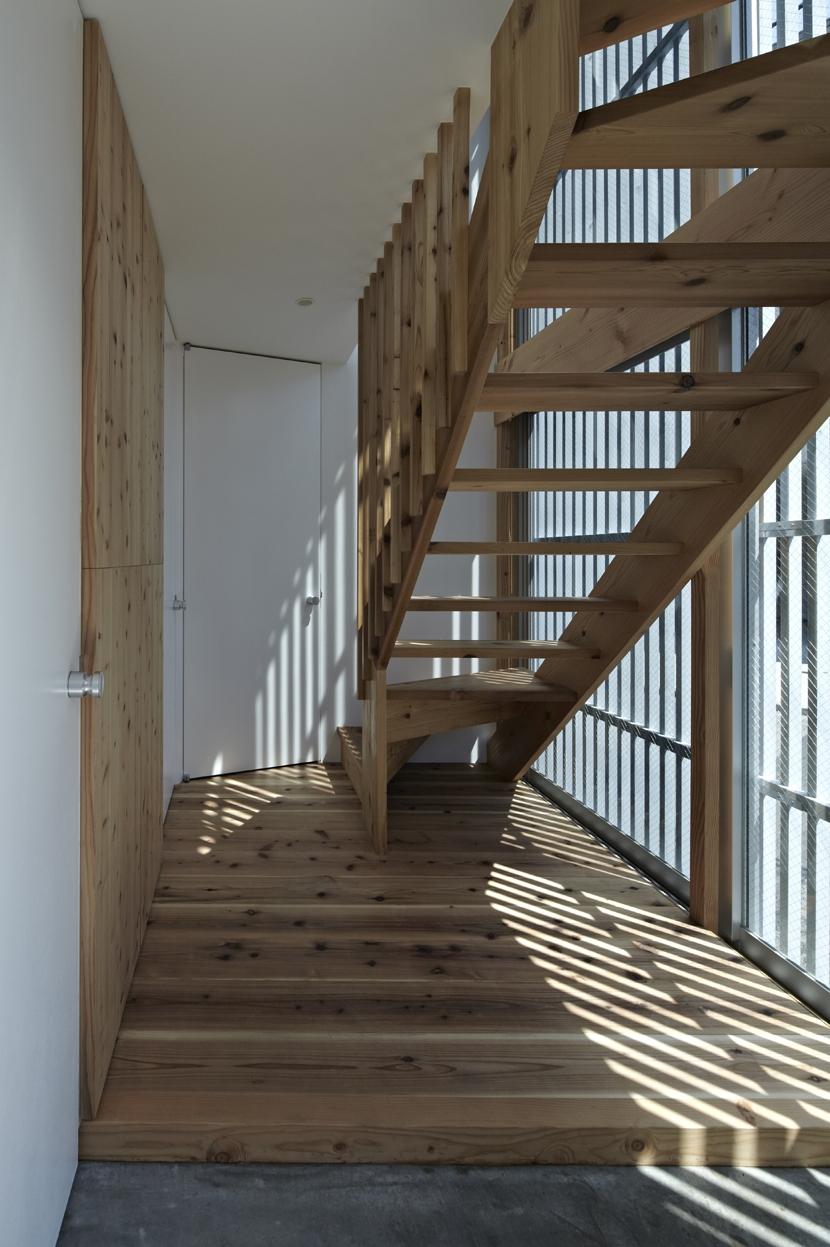 茅ヶ崎の家の部屋 茅ヶ崎の家 階段