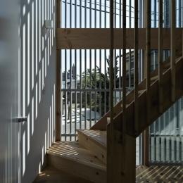 茅ヶ崎の家 (茅ヶ崎の家 階段)