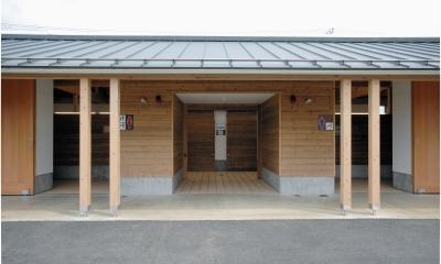 マザー牧場・まきばトイレ (マザー牧場50 周年記念、まきばエリア・リニューアルの最初の仕事はトイレでした。)