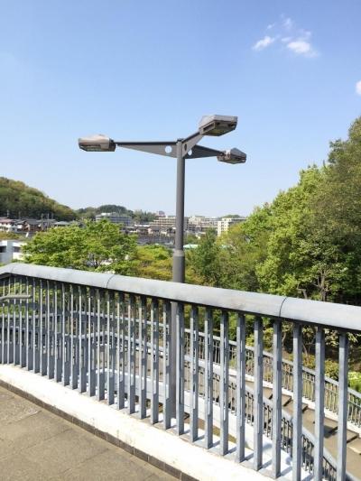 鶴牧西公園歩道橋 (ハイポール照明1)