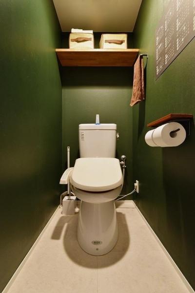 トイレ (MUJIの家具で最初から計画する 子どもを見守る間取りと自然素材の家)