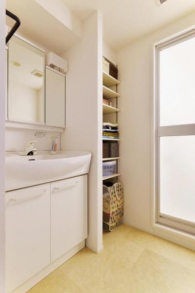 洗面 (MUJIの家具で最初から計画する 子どもを見守る間取りと自然素材の家)