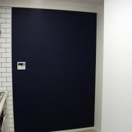 キッチンにある黒板 (ビンテージマンション)