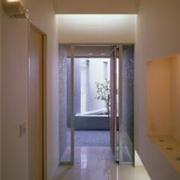 カーサカーラY邸 (開放的な玄関)