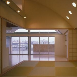 カーサカーラY邸 (リビングと繋がる和室)