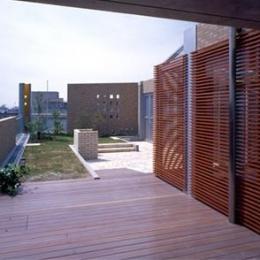 カーサカーラY邸 (屋上庭園)