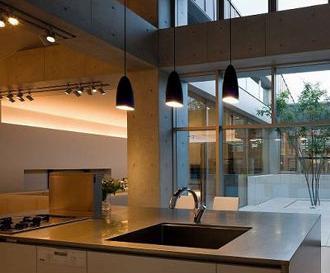 奈良登美ヶ丘F邸の写真 開放的なキッチン
