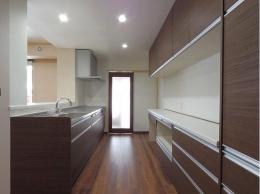 神山の家 (キッチン)
