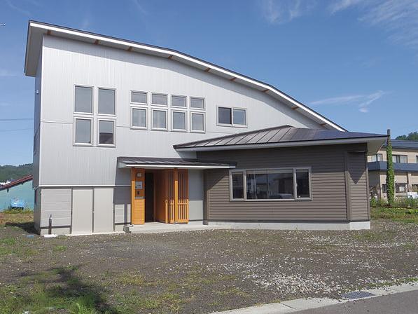小坂渡ノ羽の家の写真 南側外観