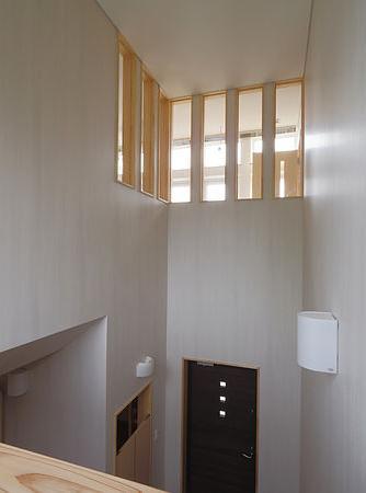 小坂渡ノ羽の家の写真 玄関ホール上の吹き抜け