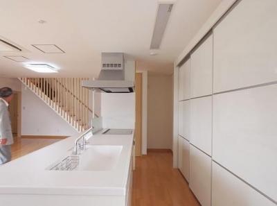 キッチン (小坂渡ノ羽の家)