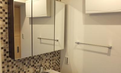 ホテルのような都会的でシンプルな内装を我が家に。 (ホテルのような洗面)