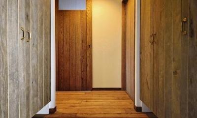 遊び心のある大人のシャビーな空間 (玄関)