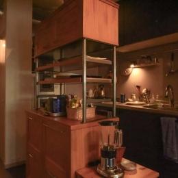最小限のスペースで最大限のやりたいことを実現!2人の1LDK (キッチン)