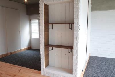 壁収納 (LDKと個室がゆるやかにつながるリラックス空間)