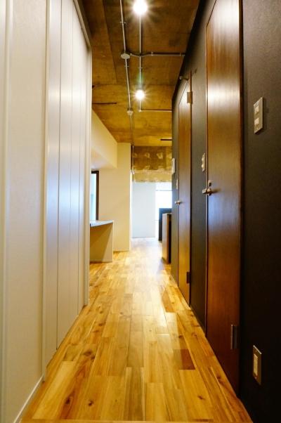 北参道のマンションリノベーション (廊下)