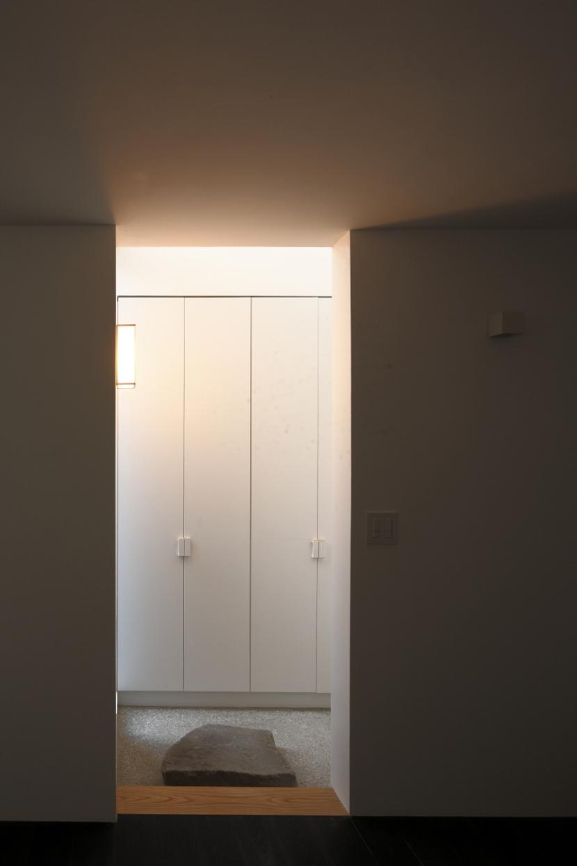 給田の家の部屋 給田の家 玄関