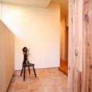 引戸でつながる 部屋が広がるの写真 広々とした玄関