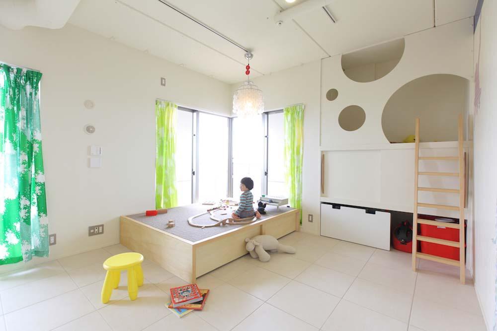 建築家:碧山美樹「マンションの間取りの不満を解決! 光あふれるフラットな空間に」