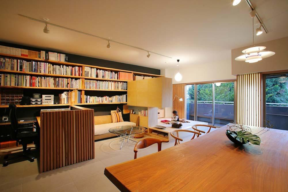 碧山美樹「可動家具でゆるやかに仕切り家族が居心地のいい場所で過ごす」