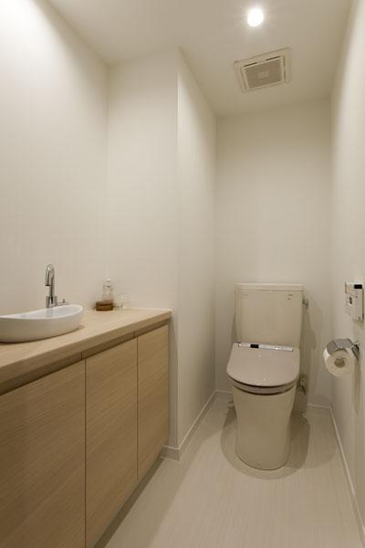 家族団欒と子どもの成長が楽しみな住まいの写真 トイレ