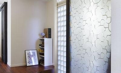 玄関|こだわりの素材使いで、時間とともに味わいが増す家