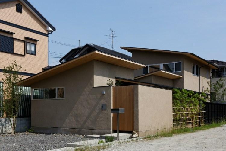 當麻寺参道の家 (外観)