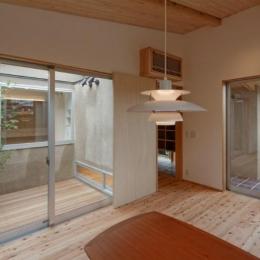 當麻寺参道の家