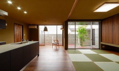 VERTICAL HOUSE (縦格子の家) (和モダンなリビングダイニング)