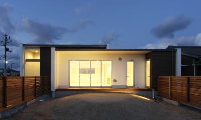 F.Flat+L -共働きのための平屋住宅-