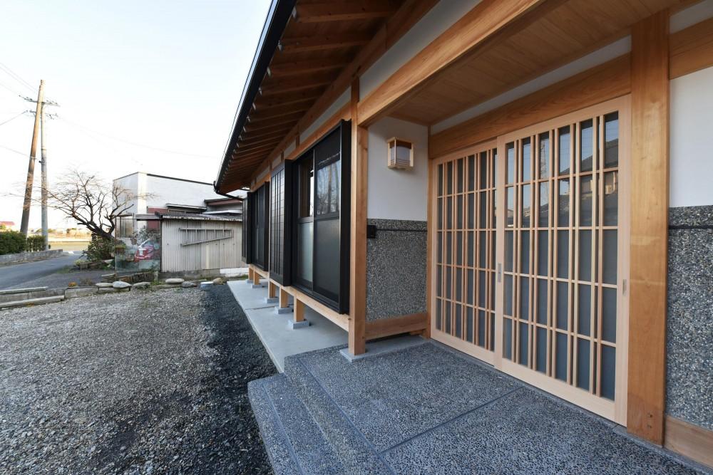 愛知の石場建て (玄関)