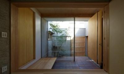 広々とした玄関土間|鴻池町の家