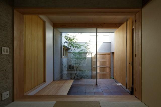 鴻池町の家の部屋 広々とした玄関土間