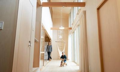 天井の高い縁側|瀬戸八王子の家