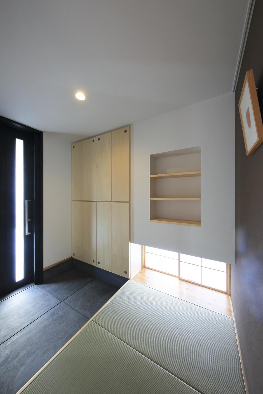 平塚町の家~20坪の豊かな暮らし~ (玄関)