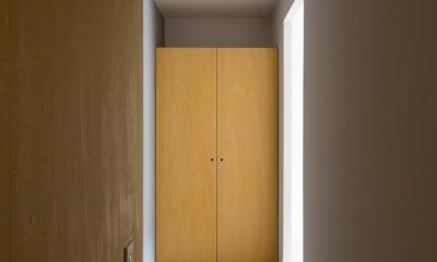 閑かな家 (廊下と建具)