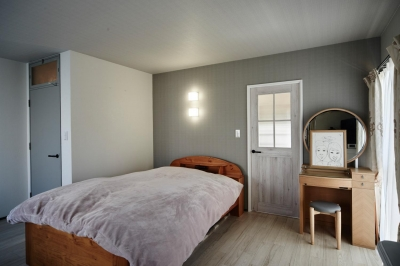 ベッドルーム (パリのアパルトマン風リノベ)