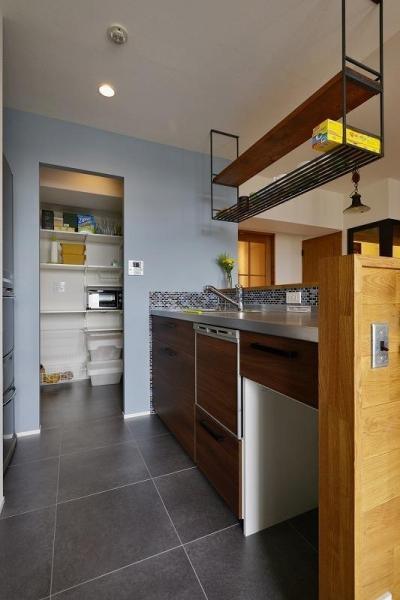 キッチン (暮らしに合わせて変えていける あえて作りこまない家)