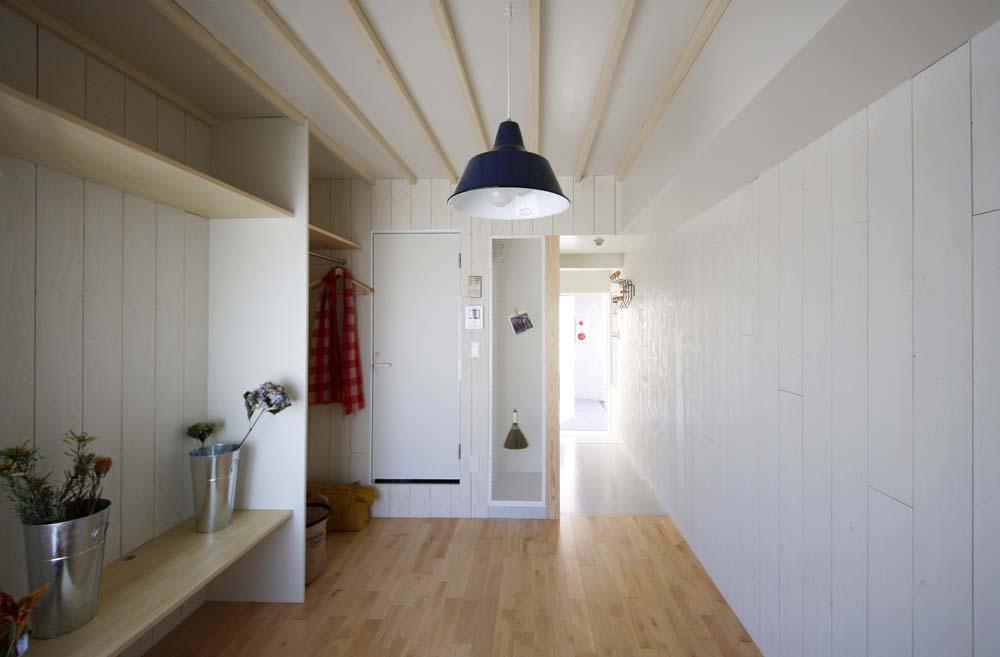 賃貸で自分らしい部屋に住む (一人暮らし女性向けのワンルームマンションのリノベーション)