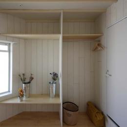 賃貸で自分らしい部屋に住む (オープンクローゼット)