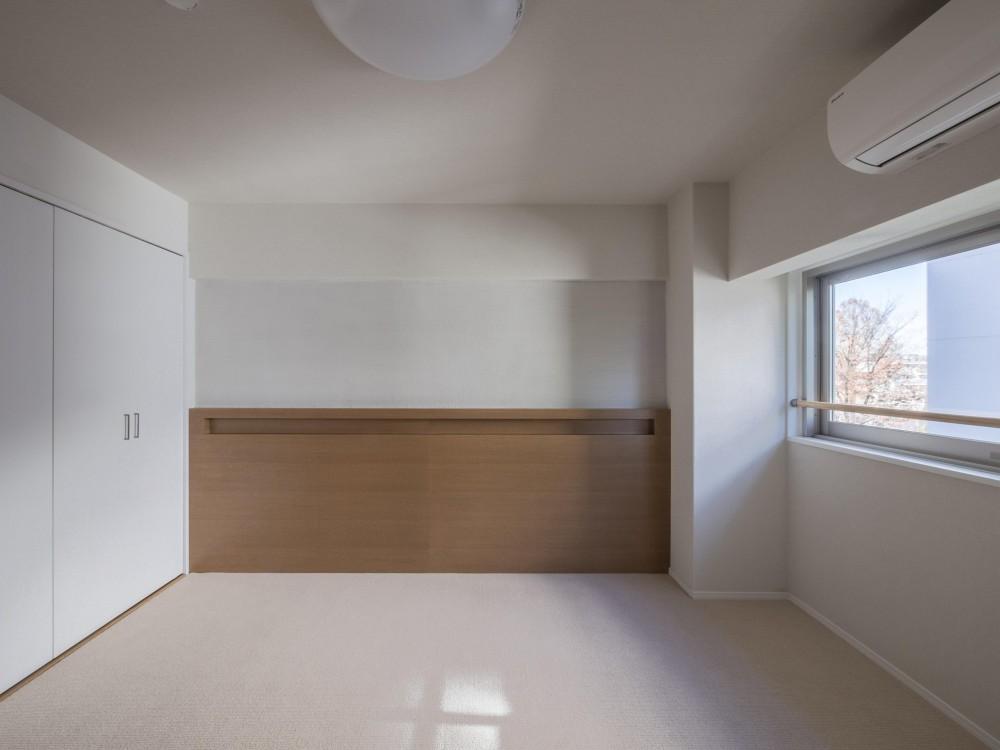 子どもの小上がりのある家 すくすくリノベーションvol.9 (ヘッドボードのある寝室)