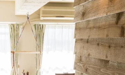 狭くて贅沢な寝室と、ハワイのコテージ (リビング)