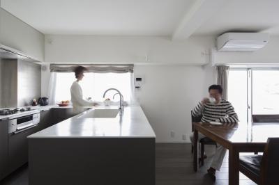 更の家 (従前の間取りを引受けつつ更に発展させるリノベーション)